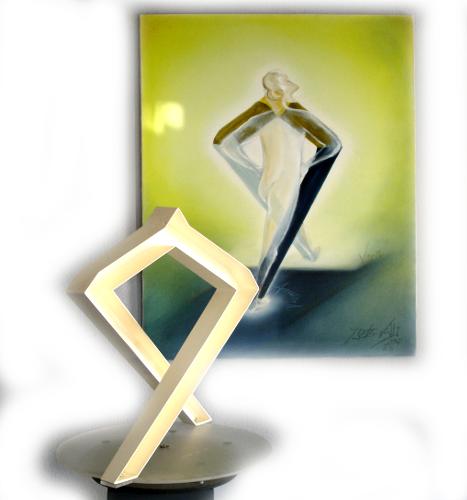 Schritt-nach-vorn-Skulptur-Gemaelde-2b